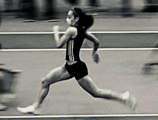 Ani Malachi - running black and white-1