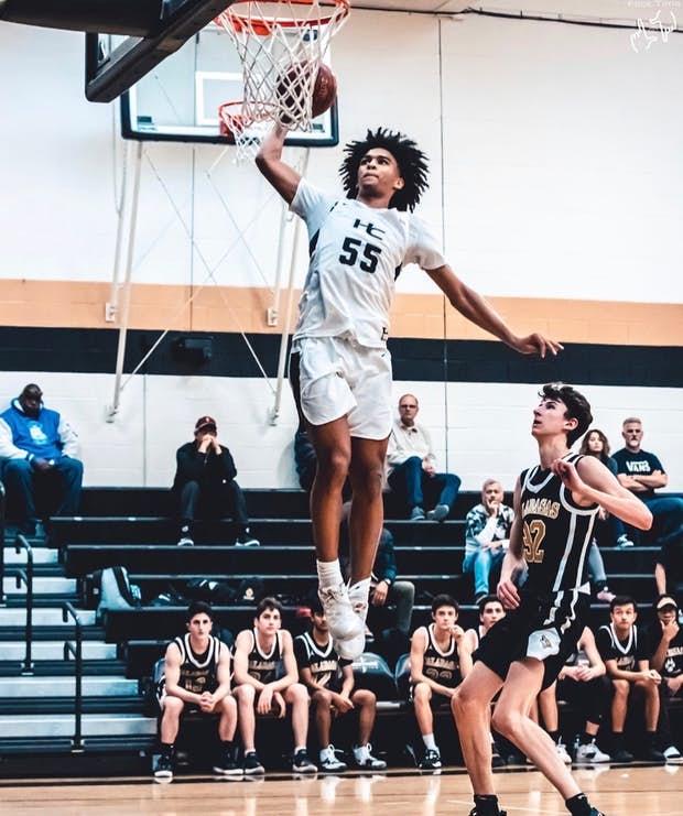 Skyy Clark basketball shot