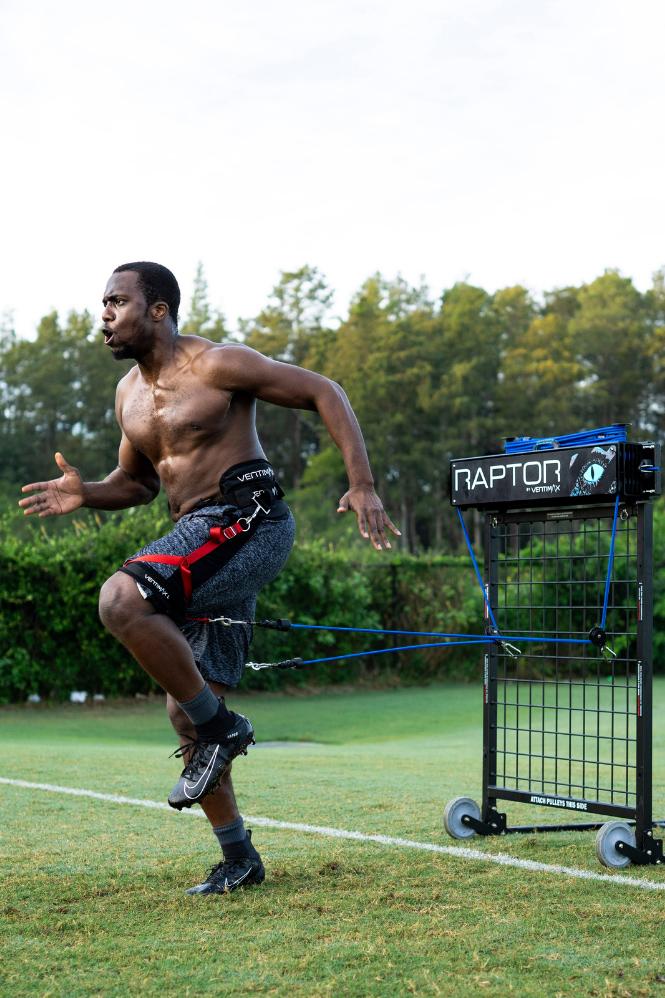athlete-pulling-v1